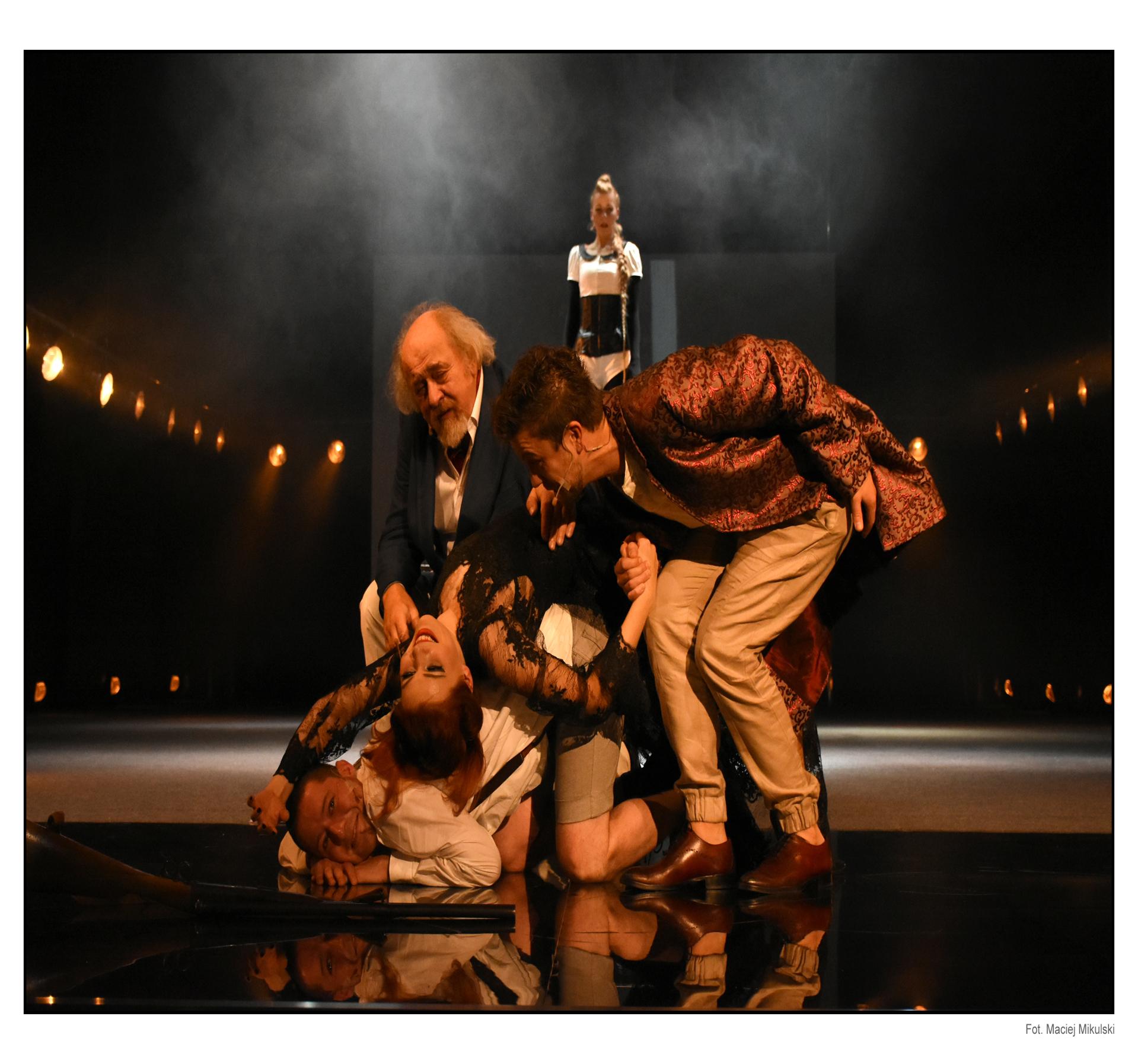 11 listopada nieczynna Kasa Teatru