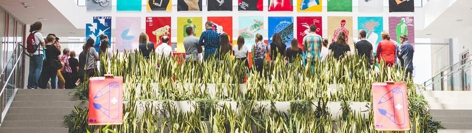 """Wernisaż wystawy """"Plakaty teatralne"""" i spotkanie ze Stephanem Bundim - galeria zdjęć"""